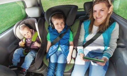 Sådan bliver børn underholdt på lange køreture