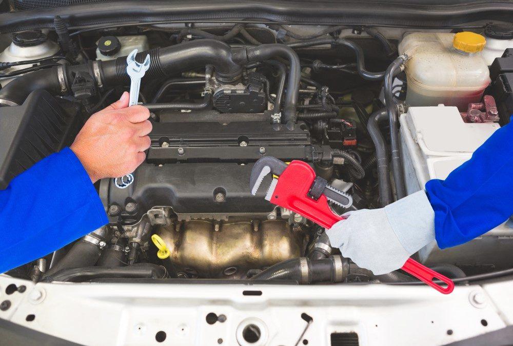 Besøg et professionelt autoværksted i Brønderslev inden bilferien