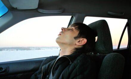 Få bedre søvn i bilen med luftmadras