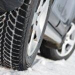 Skal du på biltur i de kolde måneder, så skift til vinterdæk